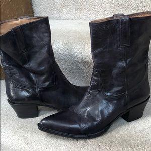 Western style Boots, size 11 black Cole Hann